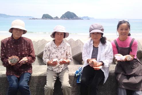 魚貫崎のお母さんたち (2)