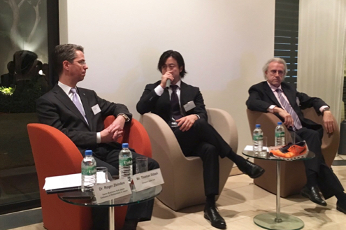 201511_Swiss Embassy panel discussion_1