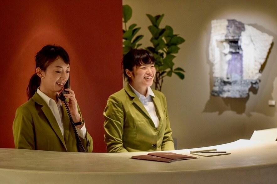 まちの温度を伝えるホテルを共に育てるチームメンバー