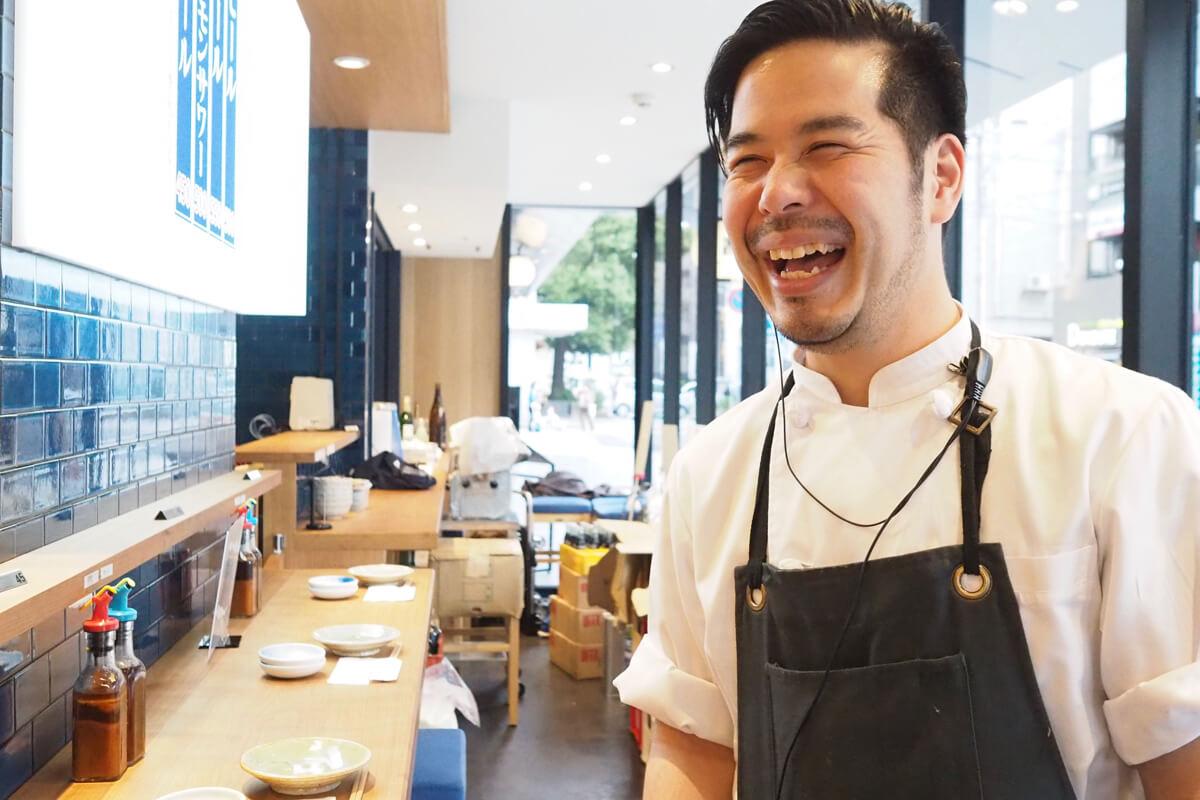 餃子と煮込みと鮨人と場所と料理でつくるふだんの京都に馴染む店