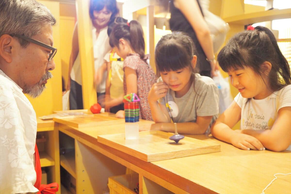 子どもも大人も 遊んでいるときは みんな、いい顔