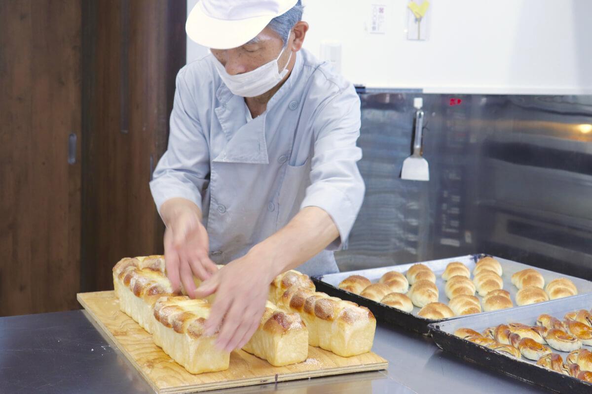 いつものパンがある幸せ ホッとする時間を 島の未来につないで