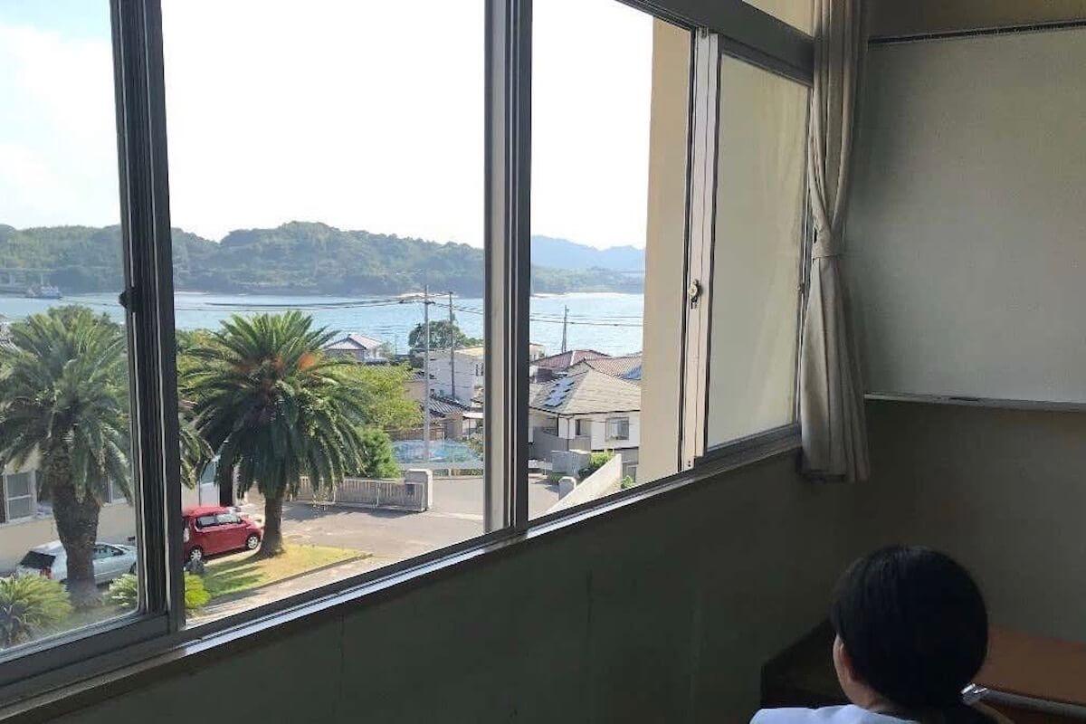 瀬戸内海に浮かぶ島で故郷を見つける3年間