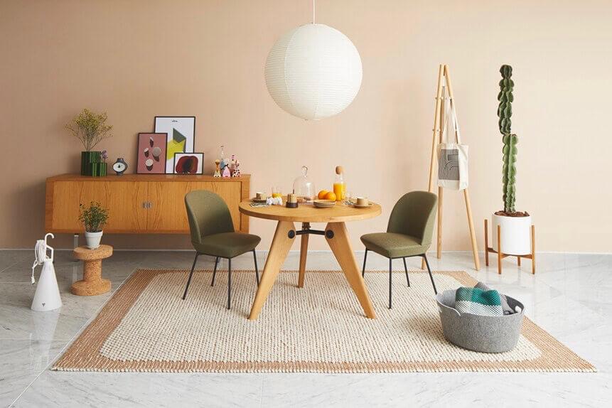 まず自分から 話して、広げる いい家具のある空間