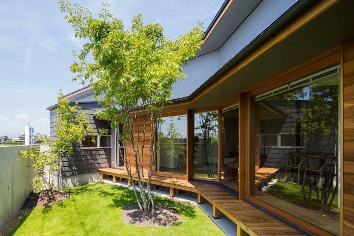 建築の外観は社会の財産に森を通じエコを伝えるマイスター